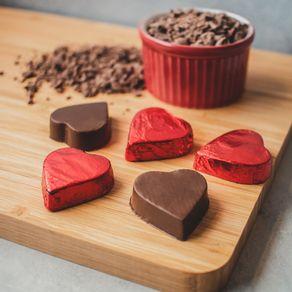 coracao-de-chocolate-ao-leite-lugano-10g-ambientada