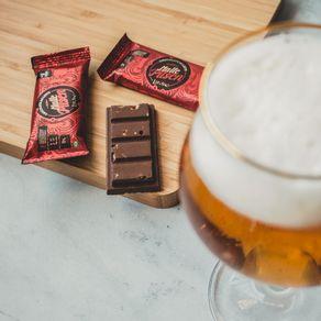 barra-de-chocolate-ao-leite-lugano-com-malte-23g-ambientada
