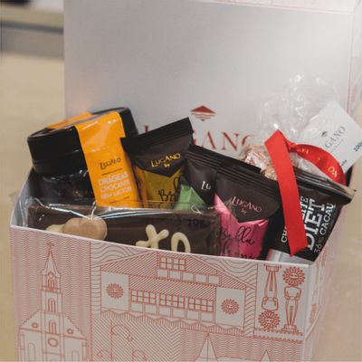 cesta-de-chocolate-lugano-sortida-372g-ambientada