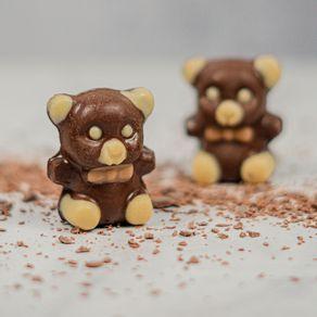urso-panda-de-chocolate-ao-leite-lugano-30g-ambientada