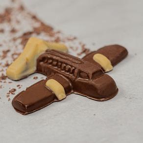 aviao-de-chocolate-ao-leite-lugano-35g-ambientad